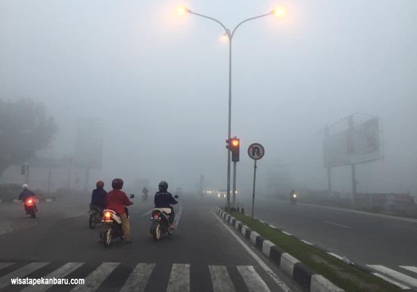 kabut asap pekat di pekanbaru