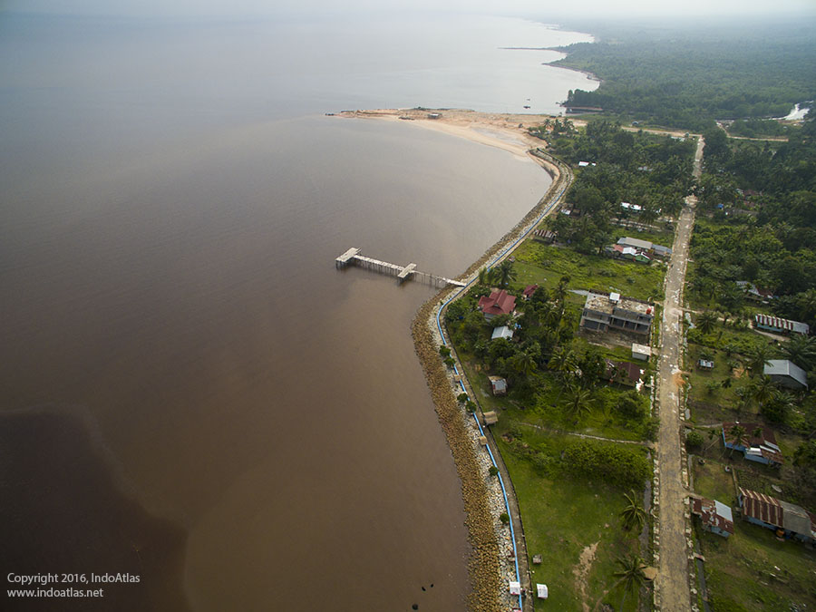 Pantai Puak - Pantai Teluk Makmur , Dumai