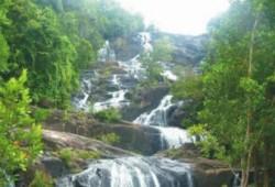 Air Terjun Aek Martua, Oasis Di Negeri Kaya Minyak