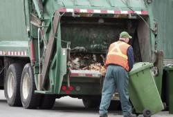 Urusan Sampah Akan Dikelola Swasta