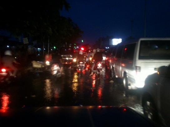 Musim Hujan, Pekanbaru Semrawut